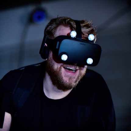 Virtual Reality (VR) - feature photo